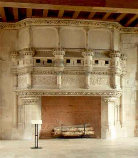 chimneypiece jacques coeur palace 15th c.